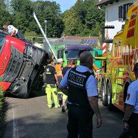 2020-07-13_B312_Edenbachen_Lkw-Unfall_Silozug_Feuerwehr_Kutter_pel_IMG_7215