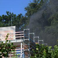 2020-07-27_Bad-Woerishofen_Unterallgaeu_Kellerbrand_Mehrfamilienhaus_Baustelle_Feuerwehr_Rizer____DSC_0009(17)