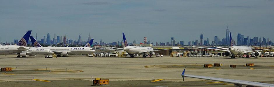 EWR Airport Star Alliance Lounges