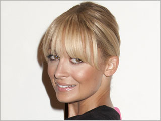Can You Wear Bangs? featured image