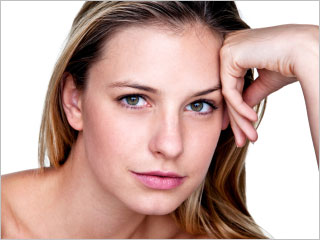 Say Goodbye To Acne Scars With Plasma featured image
