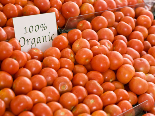Does Eating Organic Improve Your Skin? featured image