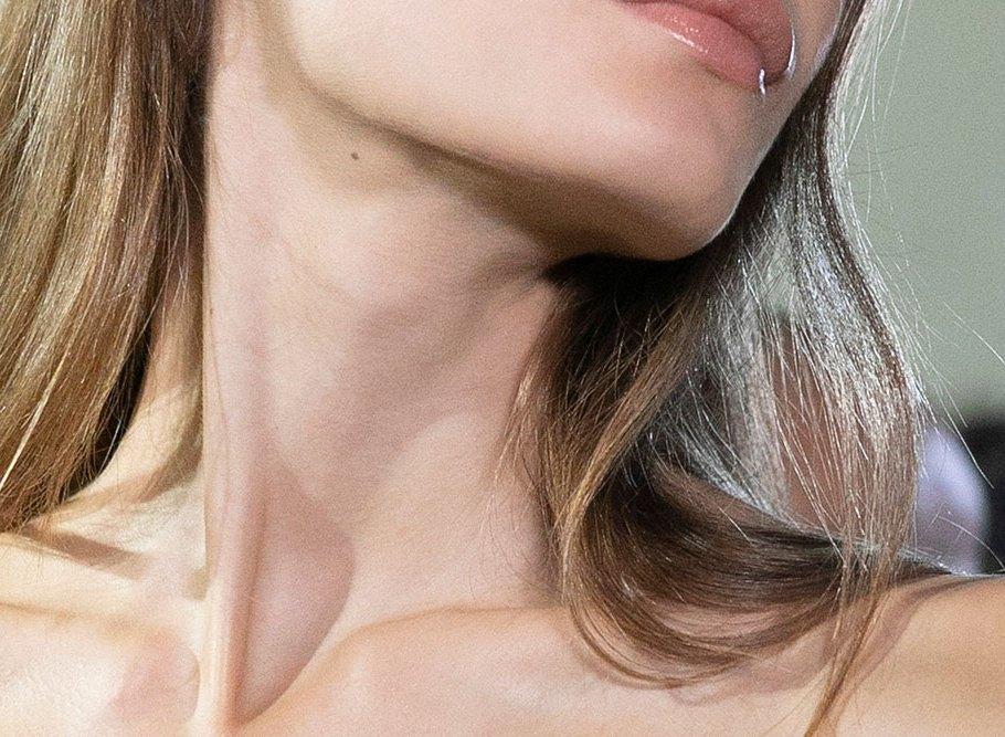 necklaser
