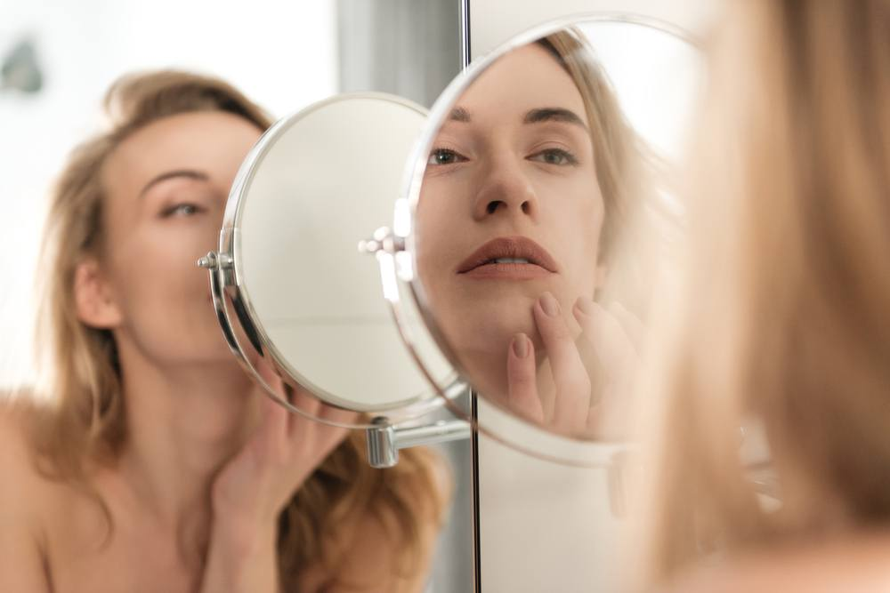 5 Facial Plastic Surgeon-Approved Alternatives If You're Not Ready for a Facelift featured image