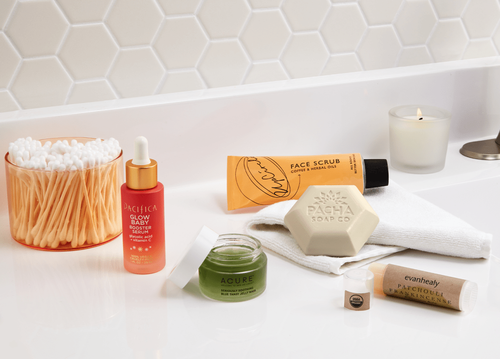 Whole Foods Market Just Revealed Its Top Five Beauty Trend Predictions for 2021 featured image