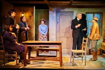 Give Up The Ghost: A Review of Hinter at Steep Theatre