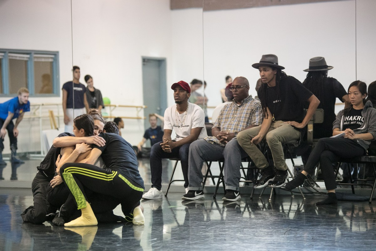 """Mycelium as Metaphor: A Preview of Hubbard Street Dance Chicago's """"Season 41 Fall Series"""" at the Harris"""