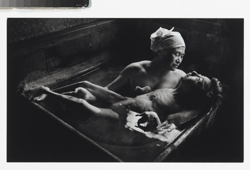SMITH-William-Eugene-Tomoko-Uemura-in-her-bath