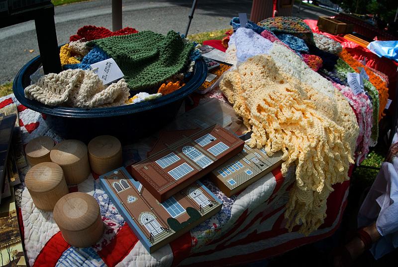 Arts and Crafts vendors