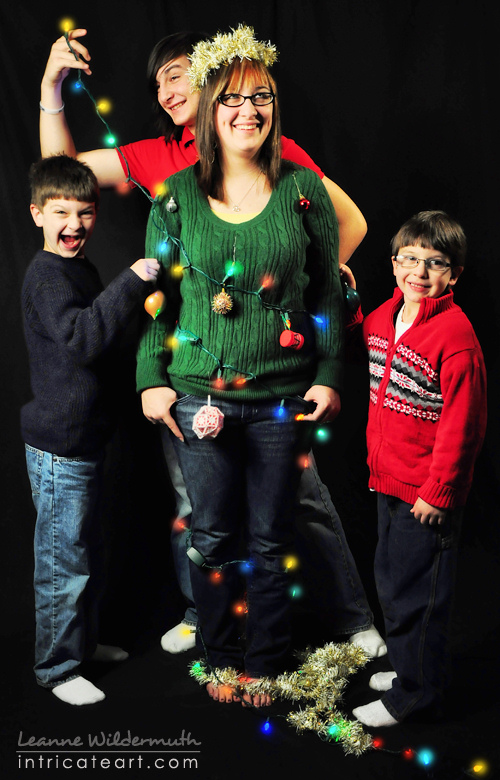 17 Creative Sibling Photography Christmas Images Sibling