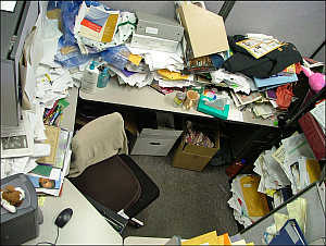 Spring Cleaning: Organizational Help for Your Mess of a Desk