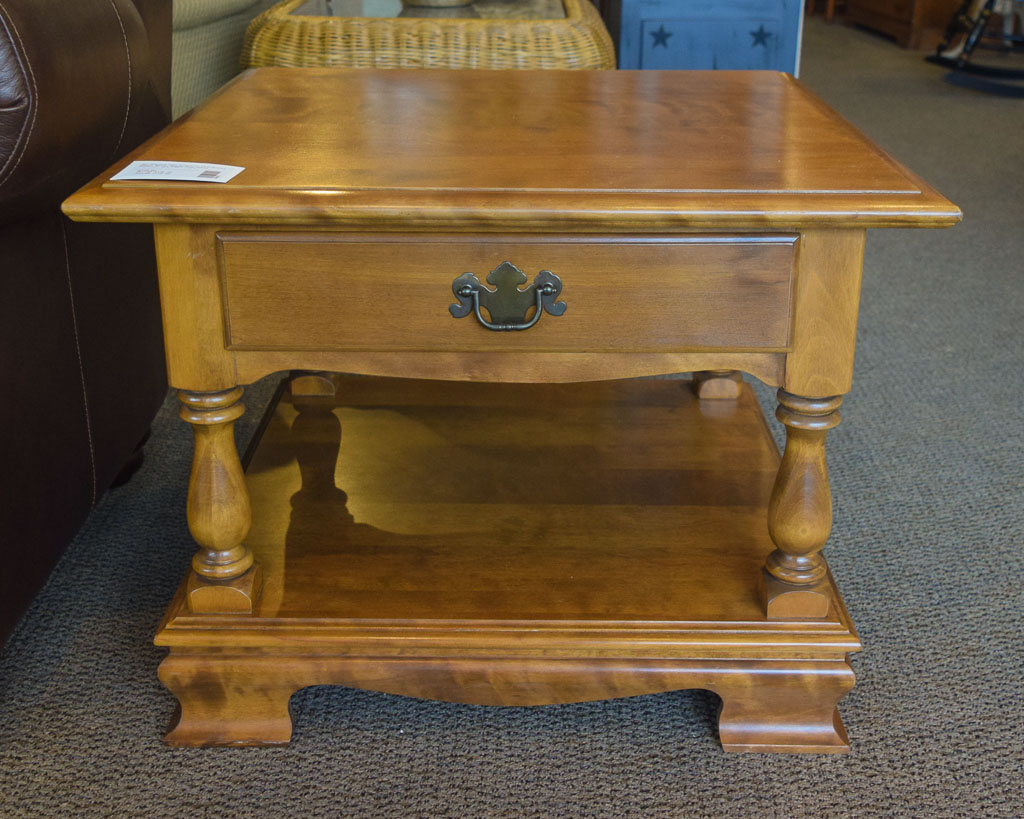Ethan Allen Maple End Table New England Home Furniture