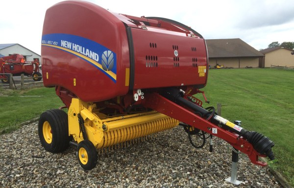 New Holland Roll-Belt 450 Dry Hay