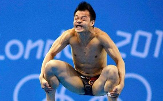 10-an_amusing_collection_of_perfectly_timed_sports_photos