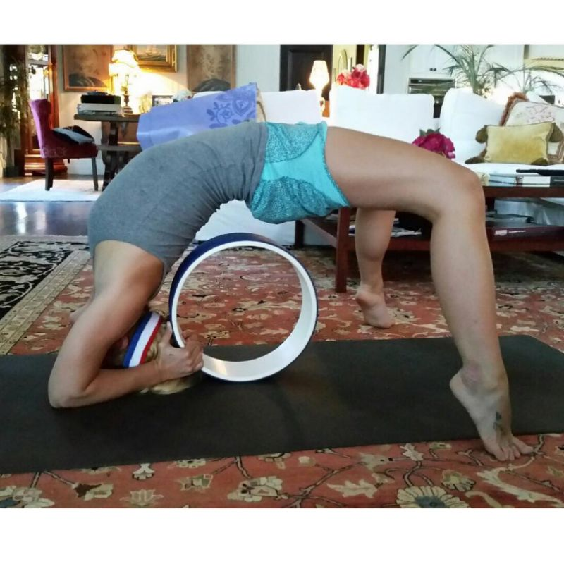 britney spears yoga pose