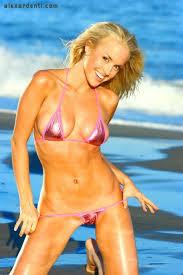 lauren thompson bikini