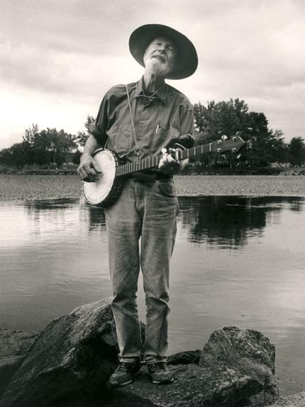 Pete Seeger: One of the few people who can be called a true hero!