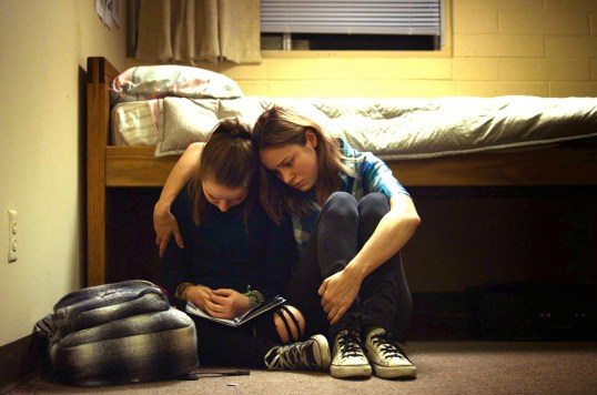 States of Grace - Photo Brie Larson, Kaitlyn Dever