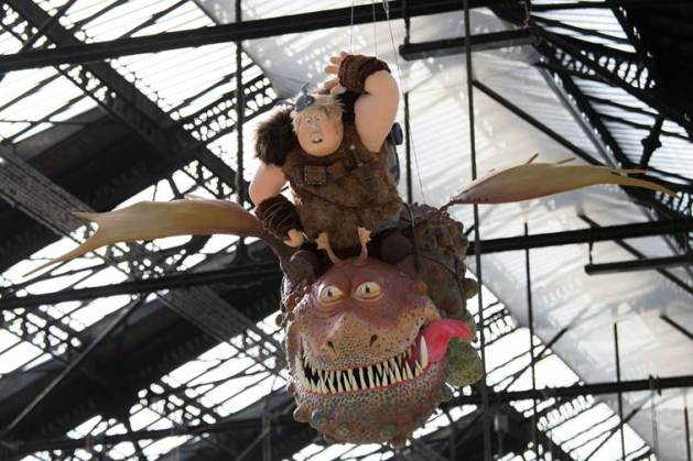 Varek_Dragons2_Gare_de_Lyon_Paris
