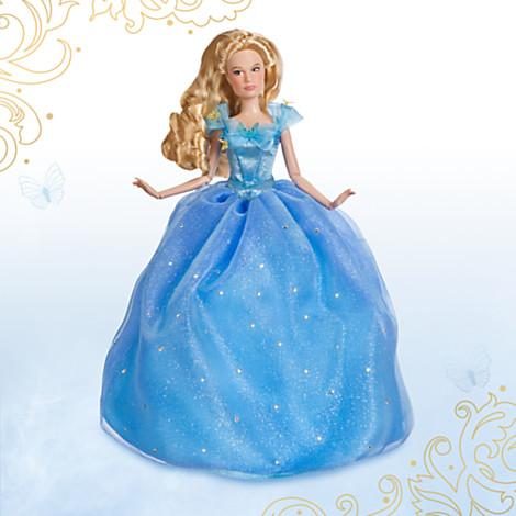 Lily James en Cendrillon, de la Collection Disney Film