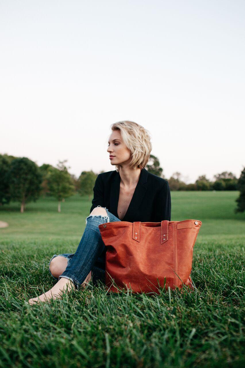 Dolyn Bags Ami Beck from Kansas City