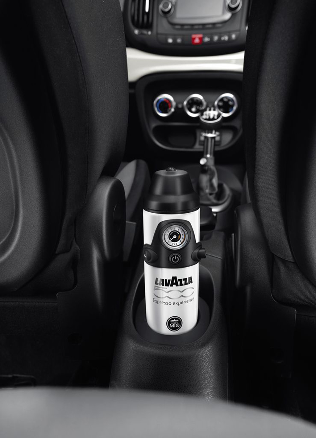 For All Caffeine Addicts Fiat 500l Will Debut With World S
