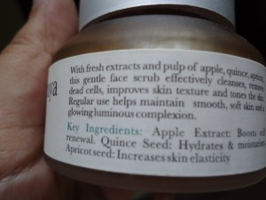 Iraya Fruit and Nut Scrub Review