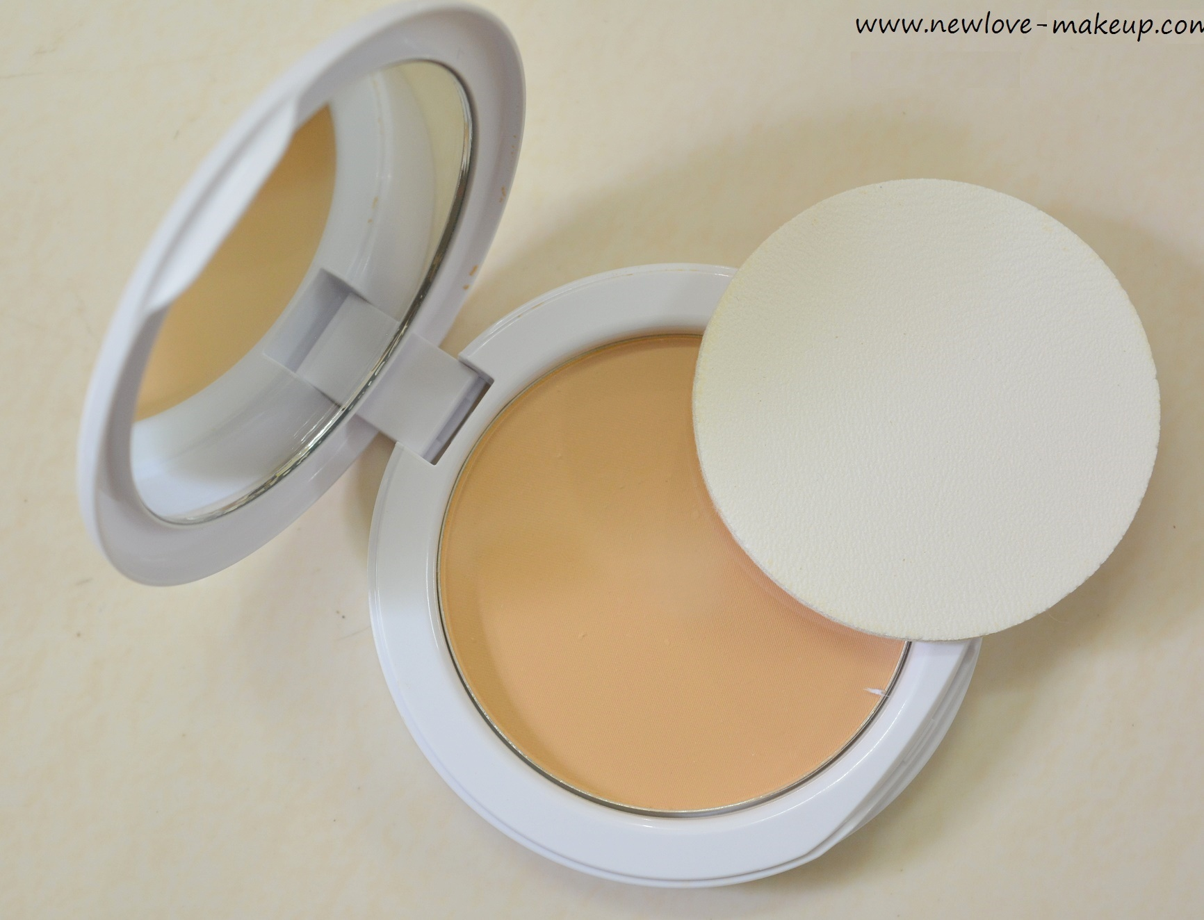 Maybelline White Super Fresh Compact Powder Shell Review, FOTD ...