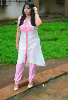 OOTD: Indian Wear with Naari,Indian Fashion Blog,Shop Naari,Indian Outfit, Kurti