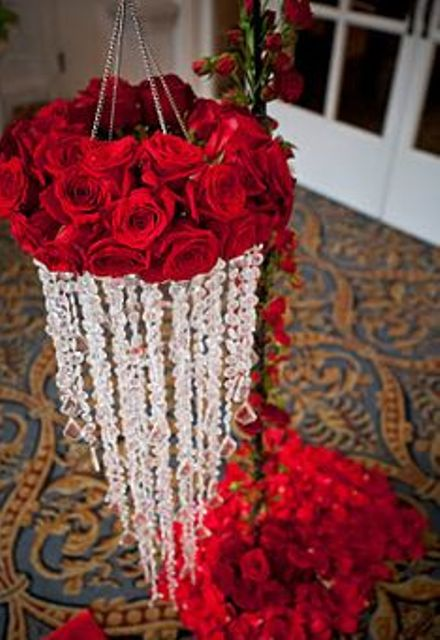 20 Elegant Ways To Use Red Roses In Your Wedding New