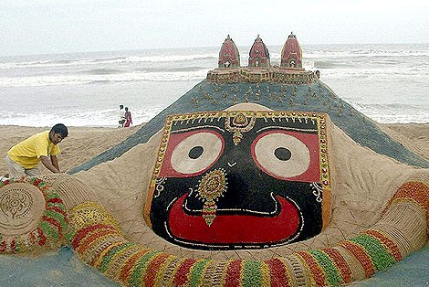 sand art by Sudarshan Pattnaik3