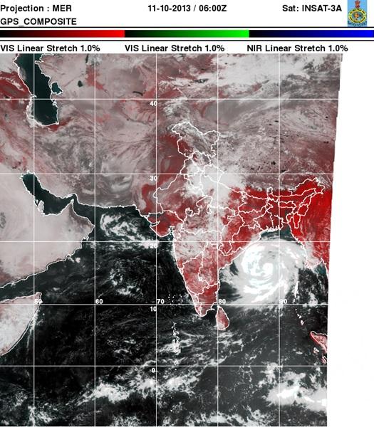 Super Cyclone Phailin Coming to Odisha Photos