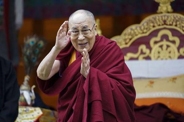 Dalai Lama reaches Odisha, receives Grand Welcome