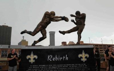 'Rebirth' statue offentliggjort