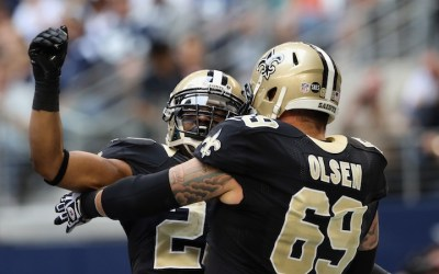 Saints signer to free agents