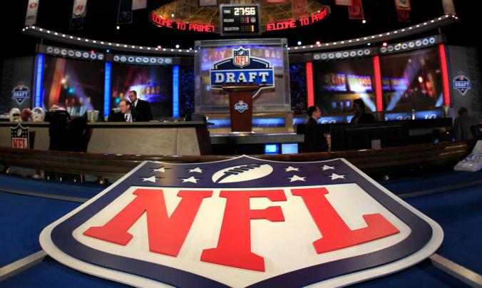 2018 Mock draft 1.0: Saints vælger offensivt