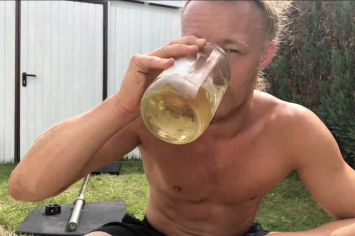 A 26-year-old German livestreamer, Hamburg's Jan Schünemann, is revolting the internet with a troubling health regimen that involves ingesting seven pints of his own urine per day
