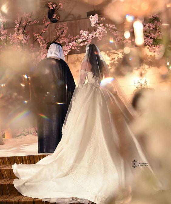 دستور وثائقي للتأمل رمزيات فستان عروس بدون حقوق Musichallnewport Com