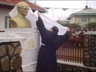 Bustul preotului Gheorghe Pătrașcu din Buruienești