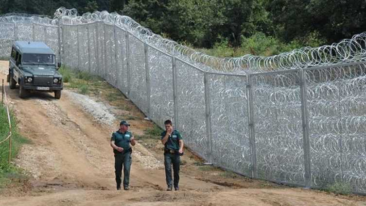 Болгария закрывается от беженцев из Турции армией