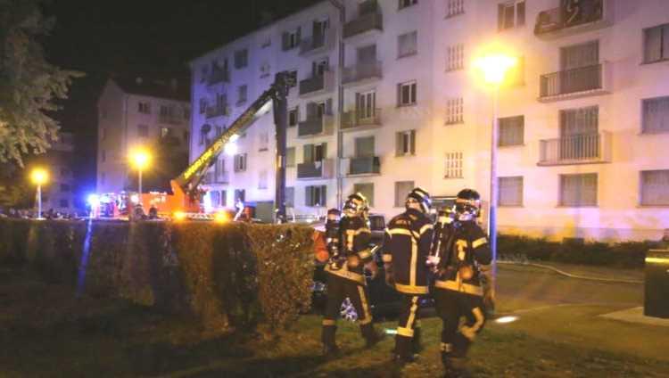 Трое граждан Турции погибли при пожаре во Франции