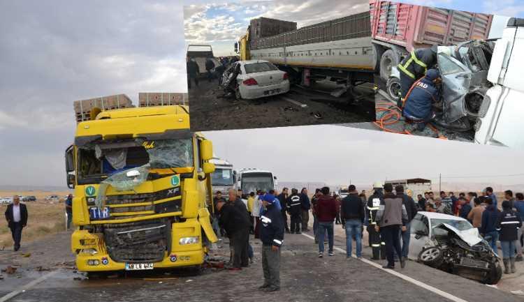 Крупное ДТП: 11 автомобилей, 2 погибших, 18 пострадавших