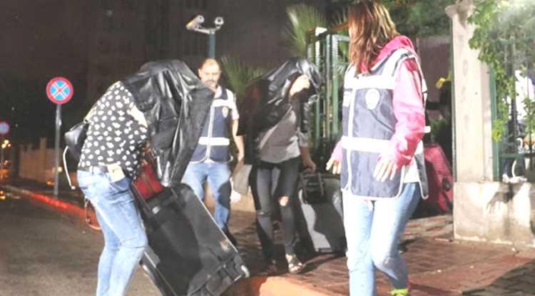 Полиция Анталии депортировала 10 жриц любви