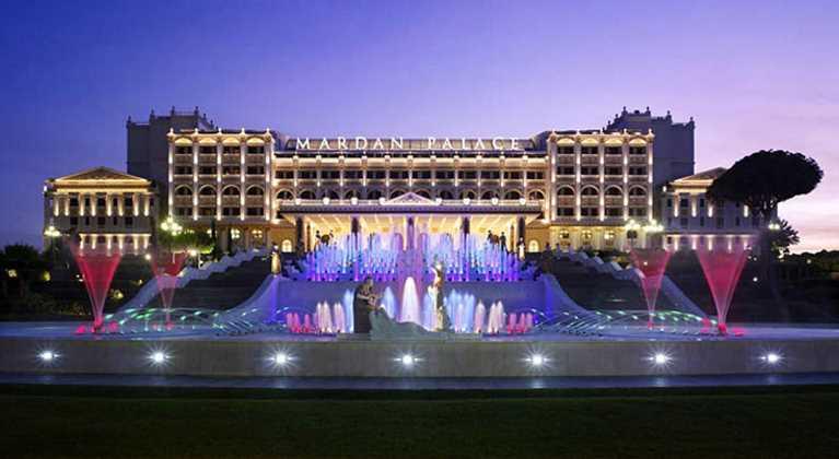 Mardan Palace начали продавать по частям