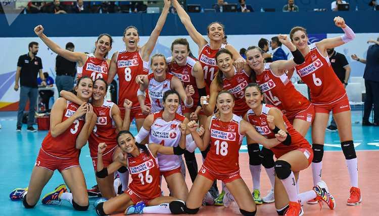 Волейболистки сборной Турции выиграли бронзу ЧЕ
