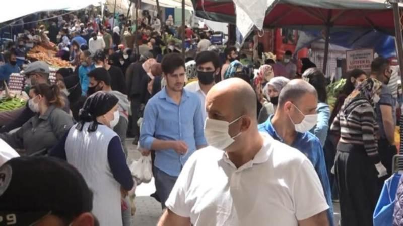 Еще в трех провинциях Турции ввели «масочный режим»