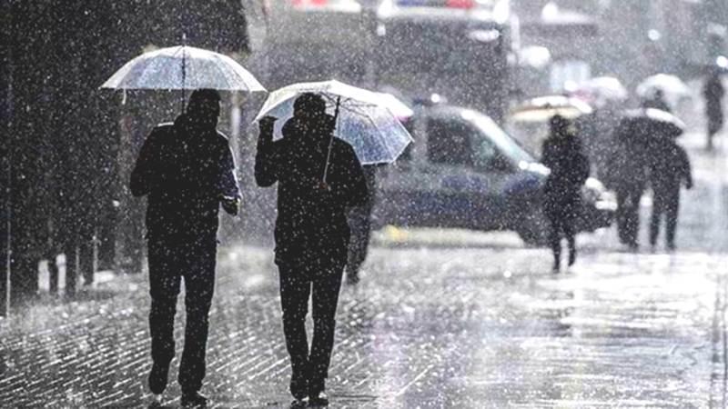 Метеорологи предупреждают о приближающихся ливнях