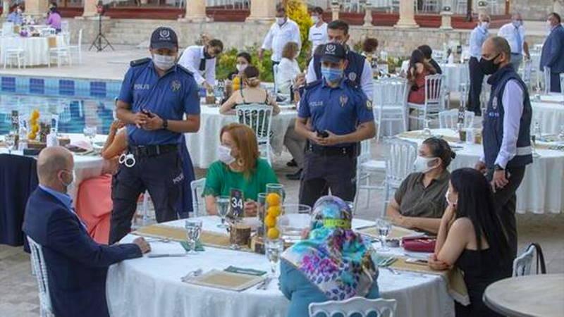 Свадьбы в Айдыне: жених, невеста и полицейский