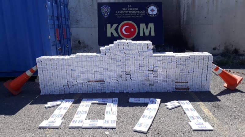 Полиция изъяла 13 800 пачек нелегальных сигарет
