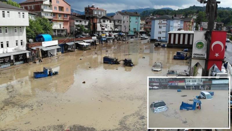 Центр турецкого города Орманлы пережил наводнение
